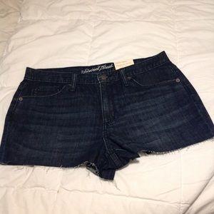 Universal Thread high rise Shortie Jean Shorts 12